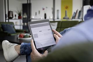So will Mercedes künftig Autos verkaufen - App und Autohaus werden ...