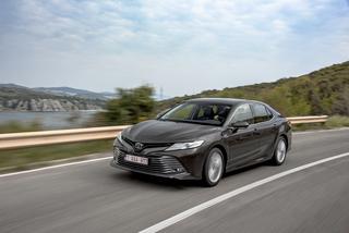 Test: Toyota Camry Hybrid - Ganz entspannt sparen