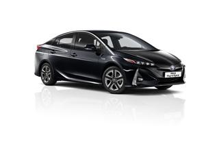 Toyota Prius Plug-in Hybrid - Jetzt auch für fünf