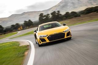 Audi V10 performance quattro - Audi R(oooaaaaam)8