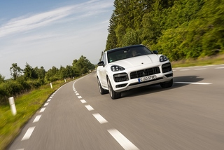 Porsche Cayenne Turbo S E-Hybrid Coupé - Turbo plus!