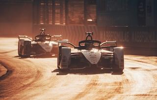 Der COVID-19 Virus legt den Motorsport flach - Die Krise wird die A...