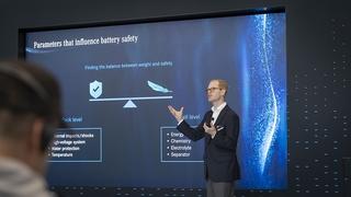 Batterieexperte Prof. Dr. Andreas Hintennach im Interview - Bio-Bat...