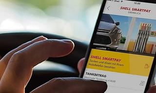 Tanken und Parken - bequem bezahlt aus dem Auto - Bitte sitzen bleiben