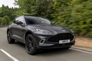 Aston Martin DBX - Flinker Budapester