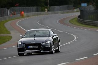 Audi TT RS - Leistungsmäßig an der Spitze (Kurzfassung)