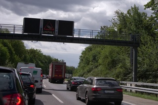Stauprognose fürs erste August-Wochenende - Volle Autobahnen vorher...