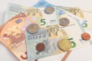 Ratgeber: Kfz-Versicherung wechseln oder verhandeln - Beides noch m...