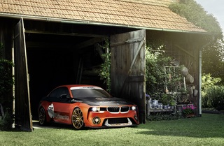 BMW 2002 Hommage - Dasselbe in Orange