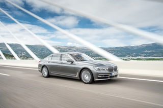 BMW 750d xDrive - Vierfache Puste