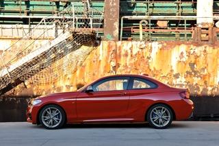 BMW 2er Coupe und 4er Cabrio - Eine Nummer höher (Kurzfassung)