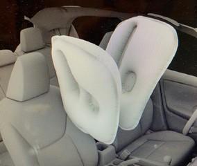 Center-Airbag im Kleinwagen - Der Yaris hat zwei mehr