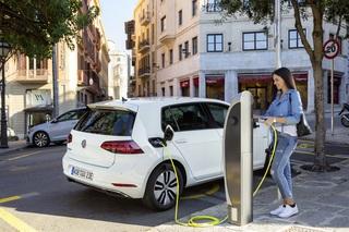 CO2-negative E-Autos - Forscher entwickeln Batterien aus recyceltem...