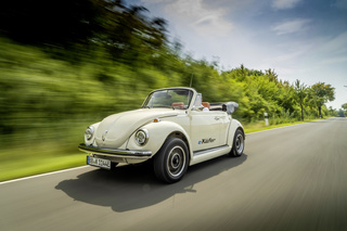 VW elektrifiziert Käfer - Altes Blech mit E-Motor