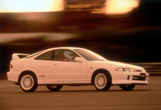 Youngtimer: Honda Integra Type-R versus Civic Type-R - Es lebe die ...