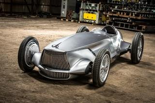 Infiniti Prototype 9 - Elektrischer Retro-Roadster