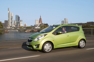 Chevrolet Spark: Klimaanlage und Radio ohne Aufpreis