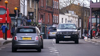 Ratgeber: Fahren im Linksverkehr - Wenn Routine gefährlich wird