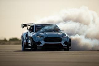 Ford Mustang Mach-E 1400 - Der Megawatt-Drifter
