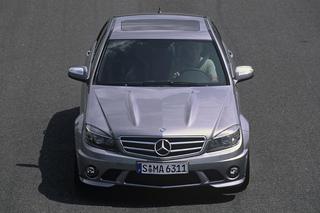 Mercedes C63 AMG - Durchtrainierte Mittelklasse