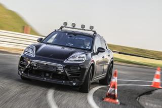 Porsche Macan   - Doppeltes Flottchen