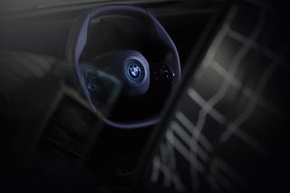 Neues BMW-Lenkrad - Eckig statt rund