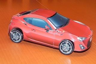 Toyota GT86 aus Papier - Der Do-It-Yourself-Sportwagen