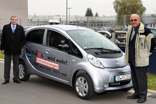 Peugeot iOn - Elektrisch fahren lernen