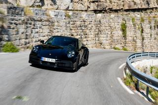 Erprobung Porsche 911 Turbo - Mit Lader statt Ladegerät