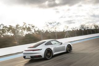 Porsche 911 Carrera (992)  - Behutsam schneller