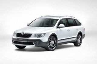 Skoda Superb Combi Outdoor - Rustikales Paket