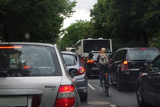 Ratgeber: Türunfälle mit Radfahren vermeiden - Wie die Holländer gr...