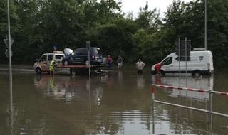 Auto unter Wasser   - Was tun nach der Flut?