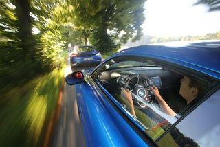 Alpine A110 vs. Porsche718: Franzosen-Flunder wirktWunder