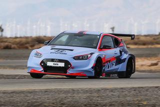 Hyundai RM19: Auf der Piste im kompakten Mittelmotor-Sportler