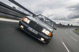 Mercedes AMG 300 CE 6.0: 124er Coupé mit einem V8-Motor aus Affalte...