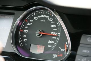 Gebrauchtwagenhändler kritisieren Tachobetrugs-Hysterie - Übertrieb...