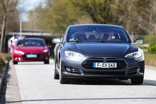 Tesla Model S - Der Kleine fällt weg