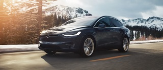 Tesla Model X  - Chinesen hacken Software