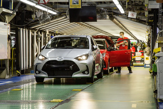 Panorama: Wie Toyota die Produktion behutsam wieder ins Rollen brin...
