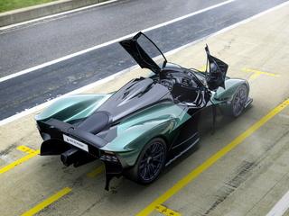 Aston Martin Valkyrie Spider  - Offen bis Tempo 330