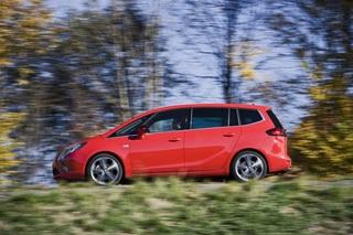 Opel Zafira Tourer 2.0 Biturbo - Mit familiärem Sportsgeist (Kurzfassung)