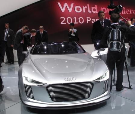 Studie Audi e-tron Spyder - Mal wild, mal zahm